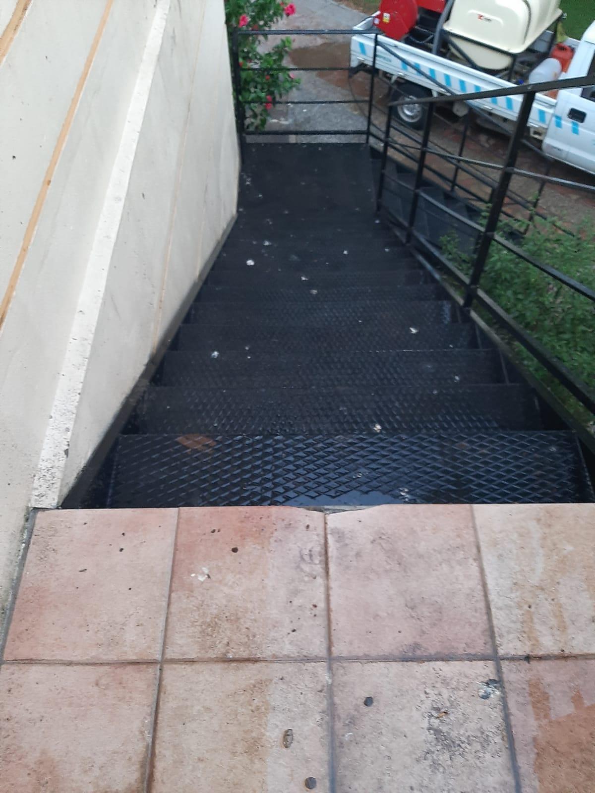 LIMPIEZA PLANTA SUPERIOR DEL CONSERVATORIO