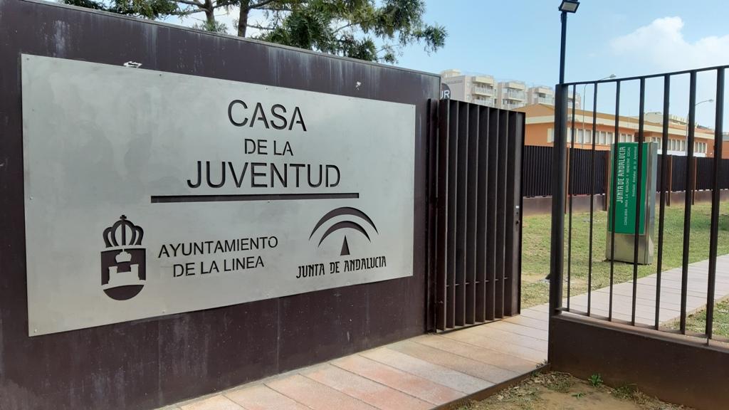 Casa Juventud entrada