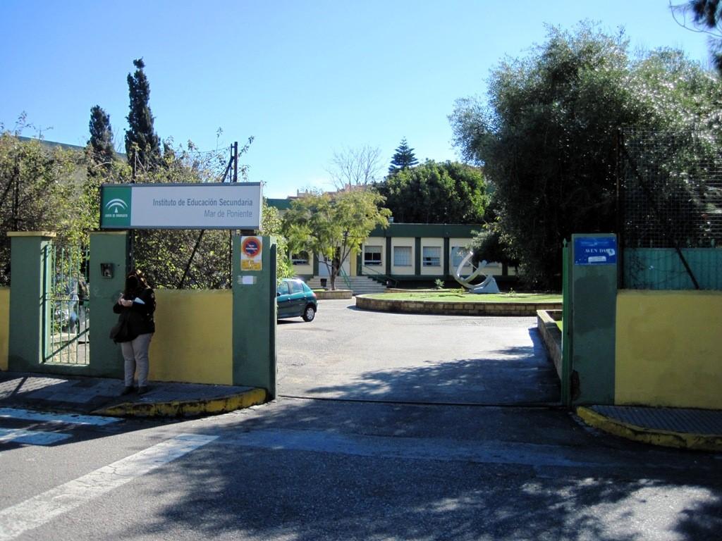 Instituto de Educacion Secundaria Mar de Poniente 1