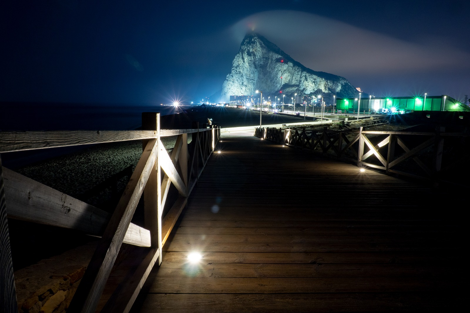 Puente Santa Bárbara nocturno 5