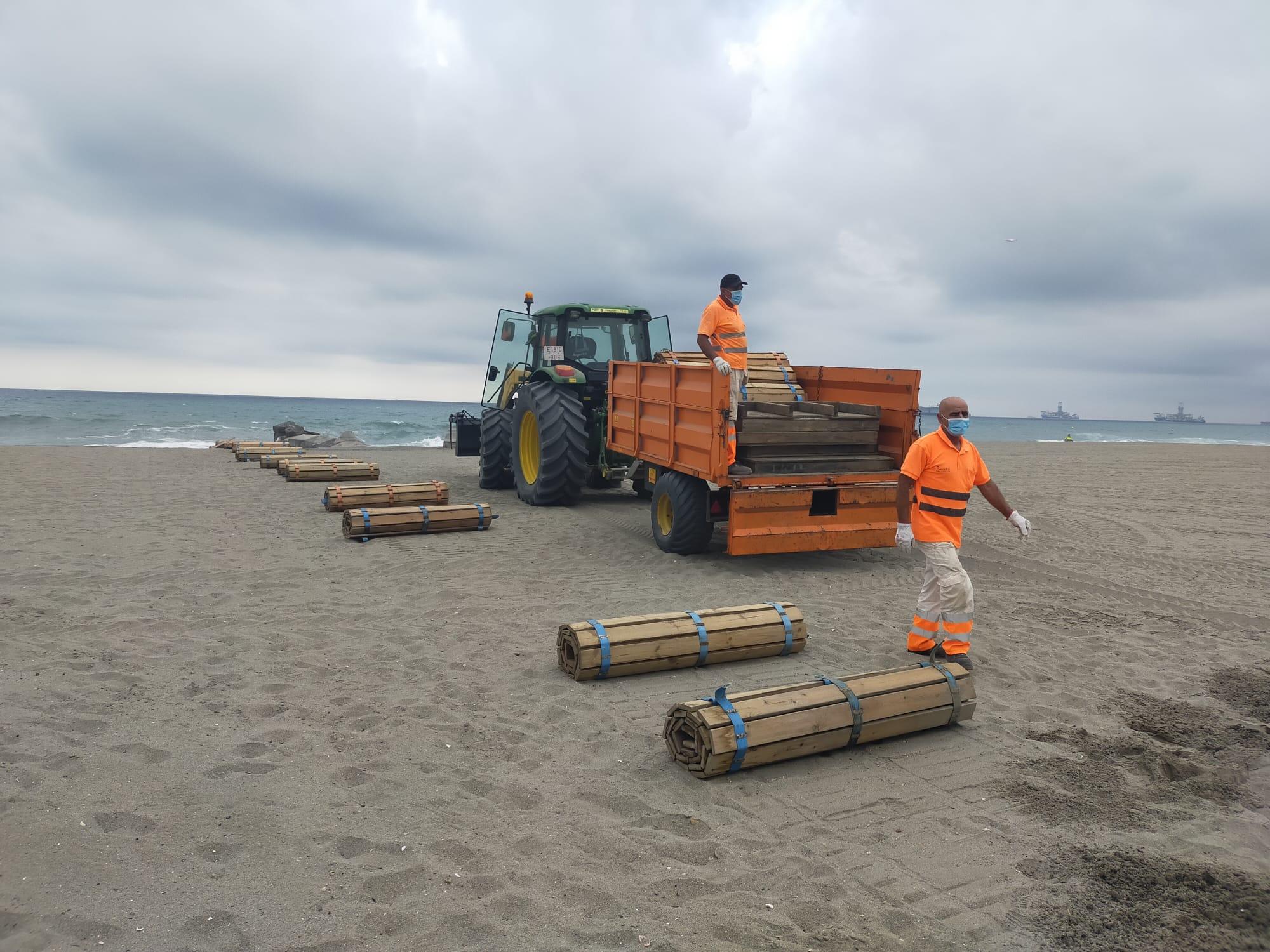 Recogida elementos playa levante 1
